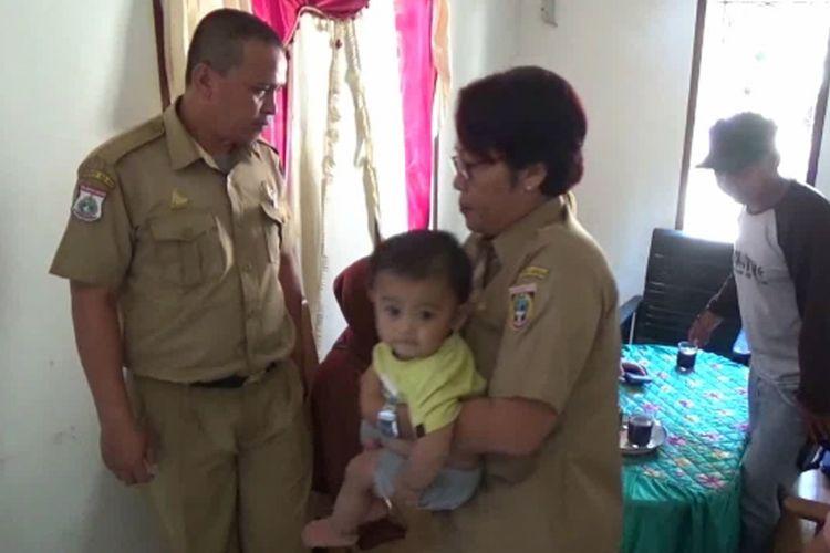 Tim Medis Periksa Kesehatan Bocah 14 Bulan Pecandu Kopi di Polewali