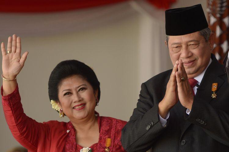 Presiden Susilo Bambang Yudhoyono dan Ibu Negara Ani Yudhoyono saat perayaan Kemerdekaan RI ke-69 di Istana Presiden, Jakarta, 17 Agustus 2014.