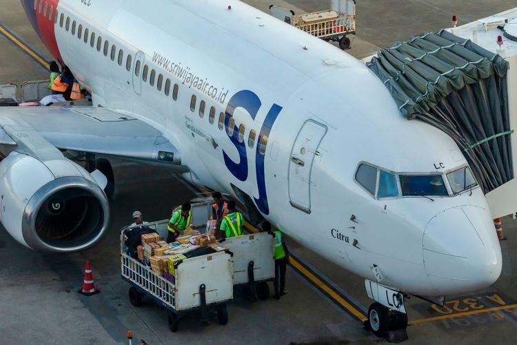 JUNE 16, 2019 : A Sriwijaya Air B737-500 PK-CLC Citra at Sepinggan Airport.The aircraft make is similar to Sriwijaya Air's downed Flight SJ 182