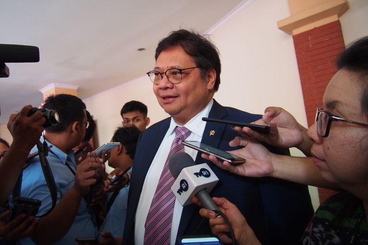 Menteri Koordinator Perekonomian Airlangga Hartarto. Foto diambil di Semarang, Jawa Tengah, Jumat (14/2/2020).