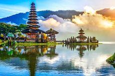 Pengunjung Pura Ulun Danu Bali Capai 5.000-an Selama Libur Panjang