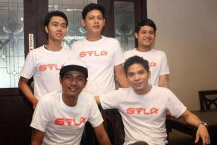 STLA Band
