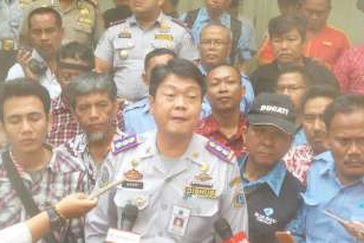 Kepala Dinas Perhubungan dan Transportasi DKI Jakarta Andri Yansyah di Balai Kota, Senin (14/3/2016).