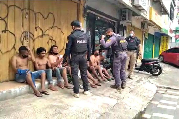 7 Pak Ogah di Margonda Ditangkap, Polisi: Kalau Tidak Diberi Uang, Mobil Dibaret