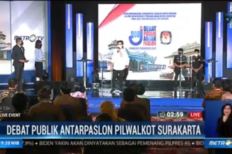 Kedua pasangan calon Wali Kota dan Wakil Wali Kota Solo, Gibran Rakabuming Raka-Teguh Prakosa dan Bagyo Wahyono-FX Supardjo (Bajo) mengikuti debat Pilkada Surakarta 2020.