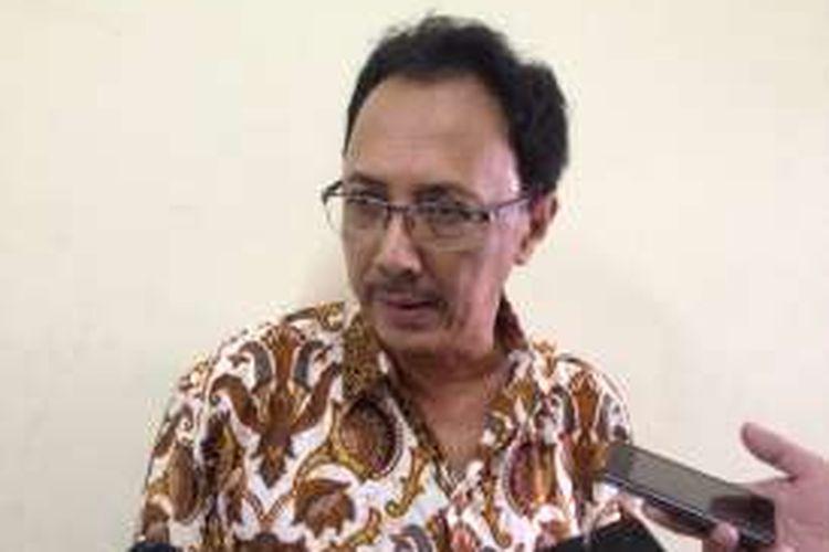 Ketua Komisi Hukum dan Perundang-undangan Majelis Ulama Indonesia Muhammad Baharun saat memberikan keterangan kepada wartawan terkait revisi UU Antiterorisme di Gedung Juang 45, Jakarta Pusat, Sabtu (19/3/2016).