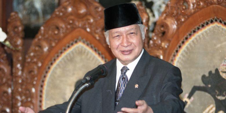 Presiden Soeharto. Gambar diambil pada 15 Januari 1998.