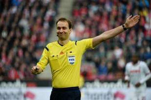 Wasit Bundesliga Minta Maaf karena Salah Ambil Keputusan