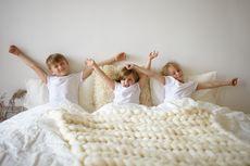 Anak Tidur Terpisah, Kapan Si Kecil Butuh Privasi?