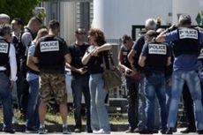 Akibat Serangan di Pabrik Gas, Presiden Perancis Tinggalkan KTT Uni Eropa