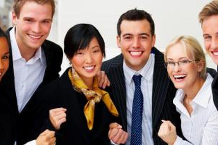 Karyawan harus aktif membahagiakan diri.
