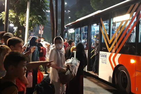 Sempat Menolak, Pencari Suaka Dibawa Kembali ke Kalideres dengan Bus Transjakarta