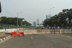 Polisi Tutup Jalan Menuju Depan DPR Pakai Separator dan Kawat Berduri 4 Lapis, Tak Bisa Jalan Kaki