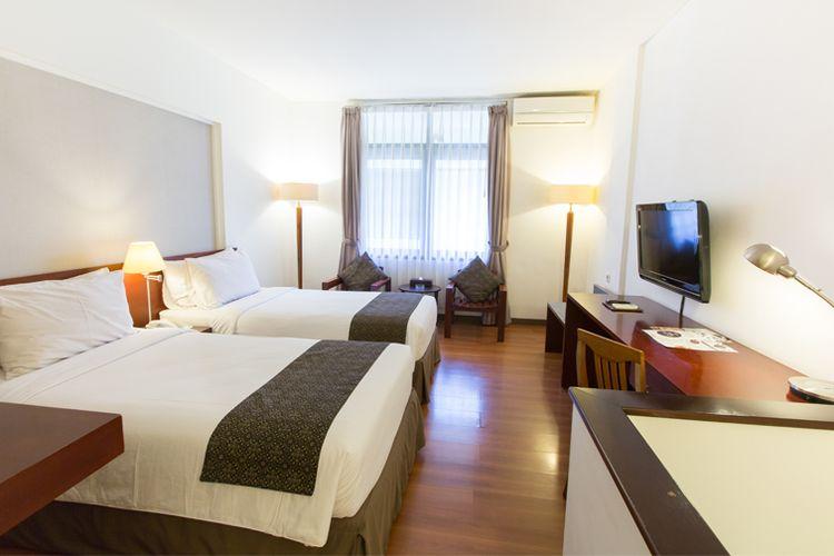 Salah satu kamar di Gumilang Regency Hotel, Superior Twin.