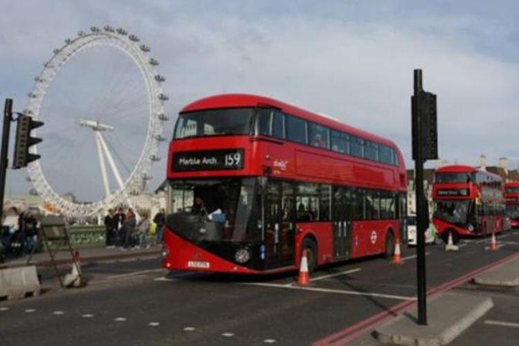Bus Ikonik di kota London, Inggris, akan menggunakan bahan bakar dari ampas kopi, mulai Senin (20/11/2017) waktu setempat. (The Daily Star)