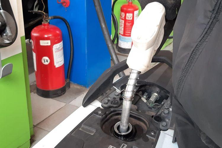 Isi bensin self service