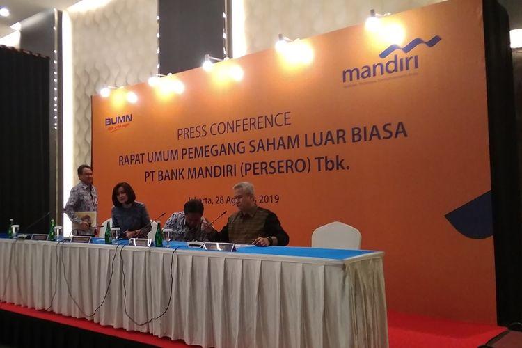 Konferensi pers RUPS LB Bank Mandiri di Jakarta, Rabu (28/8/2019).