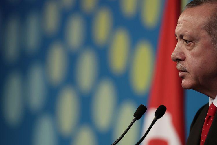 Presiden Turki Recep Tayyip Erdogan saat menghadiri pertemuan KTT G20 di Buenos Aires, Argentina, Sabtu (1/12/2018).