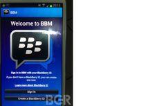 Uji Coba BlackBerry Messenger di iPhone Berbeda