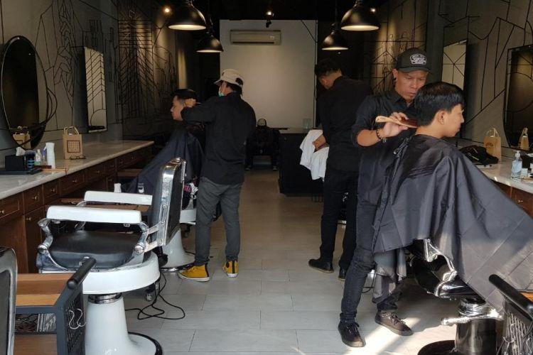 Chief Barbershop di Jalan Kemang Raya, Jakarta Selatan
