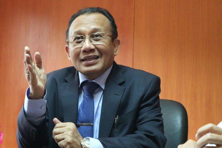 Sekretaris Mahkamah Agung, Achmad Setyo Pudjoharsoyo saat ditemui di ruang kerjanya, di gedung MA, Jakarta, Jumat (27/10/2017).