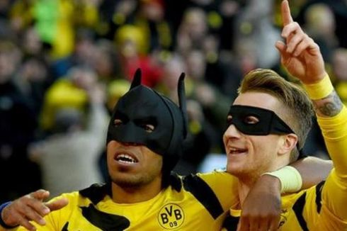Cerita Kemunculan Batman di Signal Iduna Park