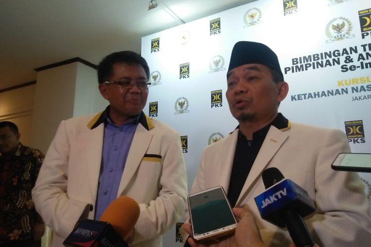 Presiden PKS Sohibul Iman dan Ketua Fraksi PKS Jazuli Juwaini di Grand Sahid Jaya Hotel, Jumat (21/2/2020).