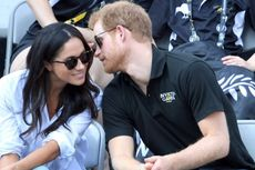 Busana yang Tak Lagi Dikenakan Kekasih Pangeran Harry