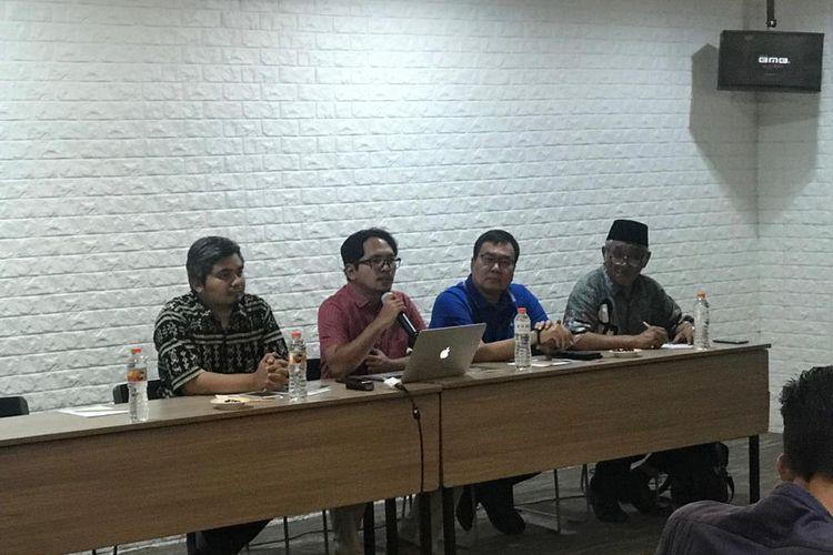Direktur Riset Setara Institute, Halili (kedua dari kiri) saat konferensi pers di Hotel Ibis, Jakarta Pusat, Minggu (24/11/2019).