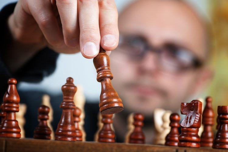 Bermain catur memiliki banyak manfaat terhadap kesehatan mental.