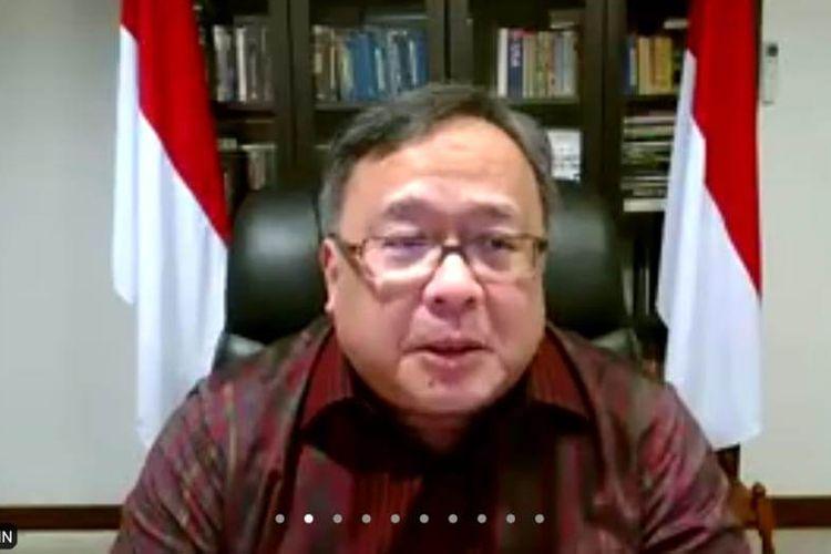 Menristek Bambang Brodjonegoro saat memberikan penjelasan terkait potensi tsunami 20 meter di selatan Jawa melalui Virtual Conference Zoom, Rabu (30/9/2020).