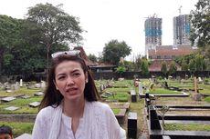 Velove Vexia Terharu Yanti Noor Dikubur Satu Liang Lahad dengan Chrisye