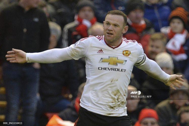 Penyerang Manchester United, Wayne Rooney, merayakan gol kontra Liverpool di Stadion Anfield pada 17 Januari 2016. Partai ini adalah kali terakhir Man United menang di kandang Liverpool tersebut jelang laga pekan ke-23 Premier League 2019-2020.