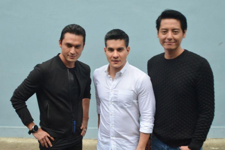 Para pemain Siapa Takut Jatuh Cinta, Indra L Brugman, Steve Immanuel dan Roger Danuarta saat ditemui di kawasan Tendean, Jakarta Selatan, Rabu (22/11/2017).