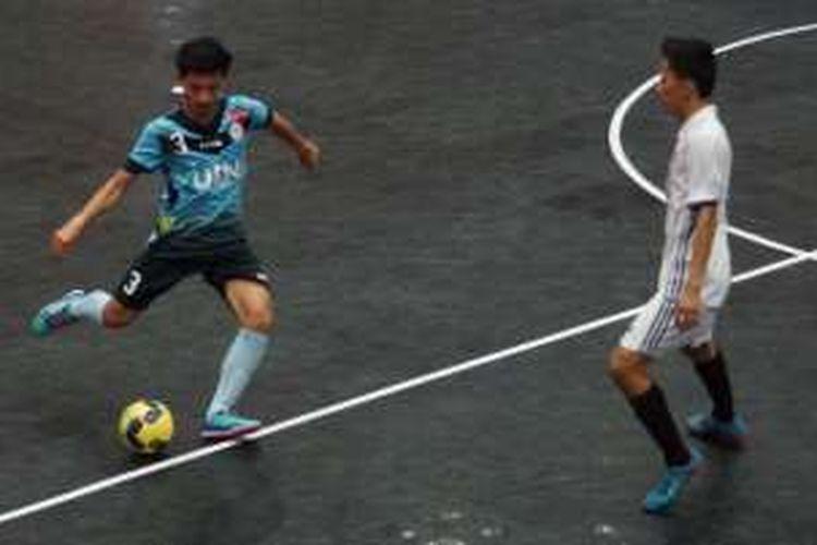 Tim putra Universitas Islam Negeri Jakarta (UIN) berhasil raih kemenangan besar di laga perdana mereka setelah mengalahkan tim Universitas Muhammadiya Prof Dr Hamka (Uhamka) dengan skor 8-2