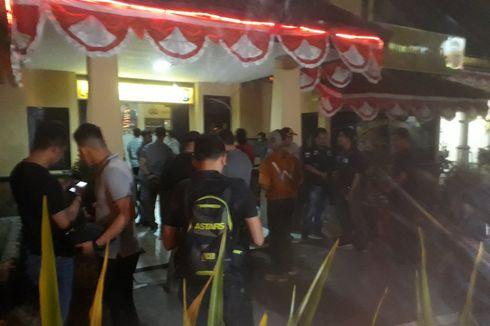 Polsek Wonokromo Diserang Pria Bersenjata Tajam, Satu Petugas Terluka Bacok