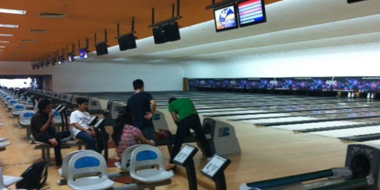 Artha Gading Bowling Center (AGBC) di Mal Artha Gading, Jakarta Utara.