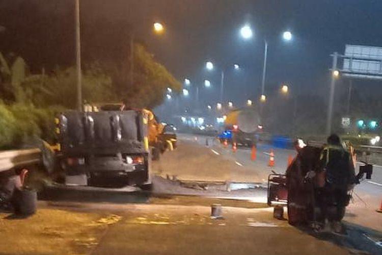 Pekerjaan Rekonstruksi Jalan Tol JORR