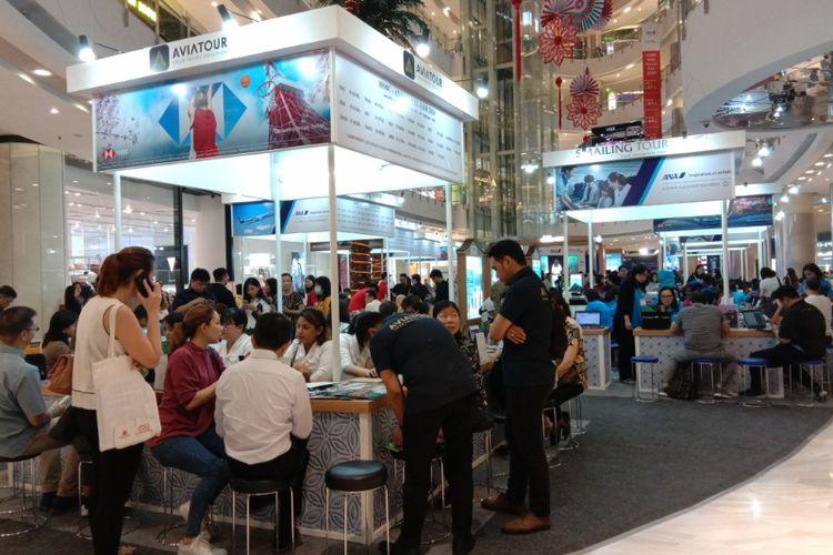 Suasana HSBC - ANA Travel Fair 2020 di Central Park Mall, Kamis (6/2/2020)