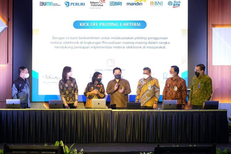 Menteri Badan Usaha Milik Negara (BUMN) Erick Thohir secara langsung meresmikan peluncuran e-meterai (meterai elektronik) dan surat elektronik terintegrasi, bertempat di Balai Subono Mantofani Kantor Peruri Jakarta.
