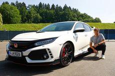 Civic Type R Jadi Mobil Operasional Dua Tim Balap F1 Honda