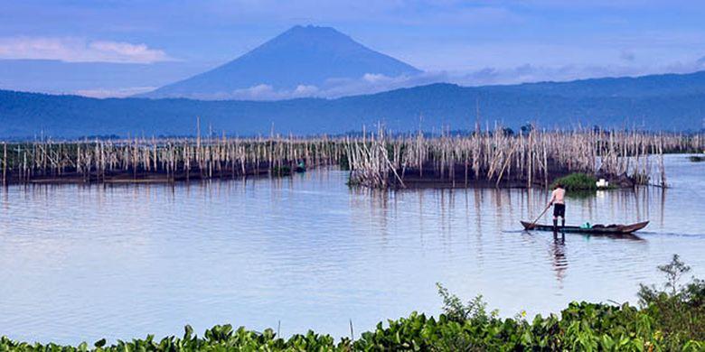 Keindahan Rawa Pening yang bisa didapatkan ketika berlibur ke Kabupaten Semarang, Jawa Tengah