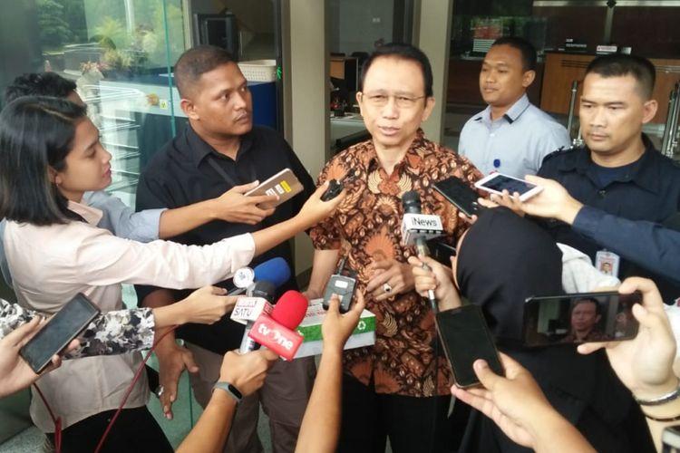 Mantan Ketua DPR Marzuki Alie telah memenuhi agenda pemeriksaan di Komisi Pemberantasan Korupsi (KPK), Selasa (26/6/2018)