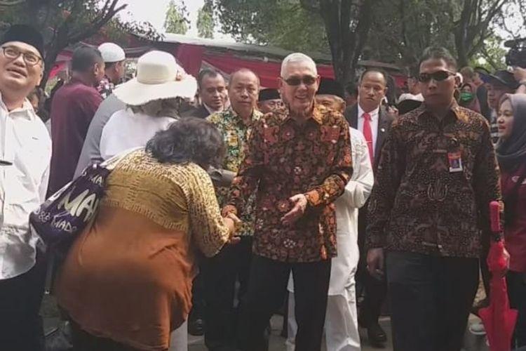 Mantan Wakil Presiden Try Sutrisno usai menghadiri pemakaman Presiden RI ke-3 BJ.Habibie
