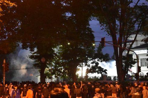 Ini Pemicu Kericuhan Saat Demo Tolak UU Cipta Kerja di Bandung
