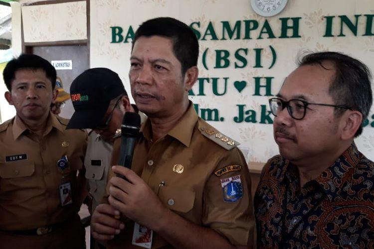 Wali Kota Jakarta Barat Rustam Effendi saat menghadiri Peringatan  Hari Sampah Nasional, Selasa (26/2/2019) di Kelurahan Cengkareng, Jakarta Barat.