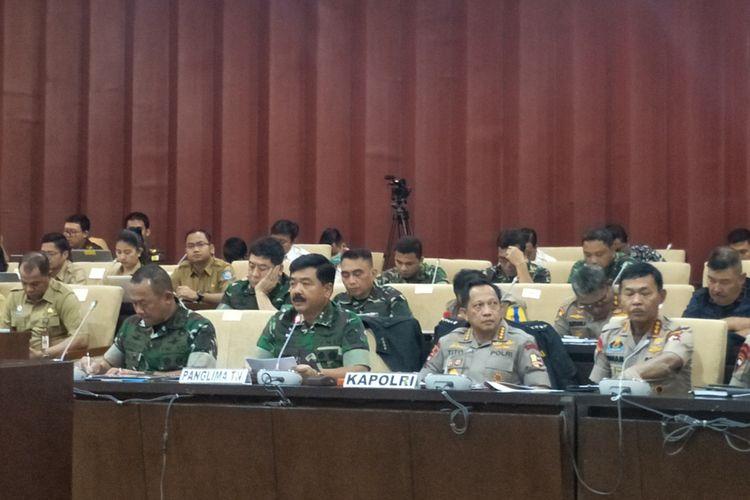 Panglima TNI Marsekal Hadi Tjahjanto saat Rapat Kerja dengan Pimpinan Dewan Perwakilan Daerah (DPD) di Kompleks Parlemen, Senayan, Jakarta, Selasa (7/6/2019).