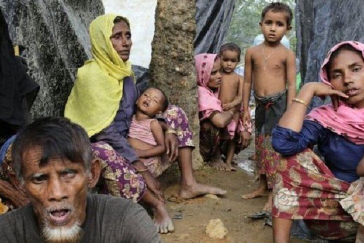 Pengungsi Rohingnya menempati apa saja yang tersedia di kawasan Coxs Bazar, distrik Bangladesh yang paling dekat dengan Myanmar.