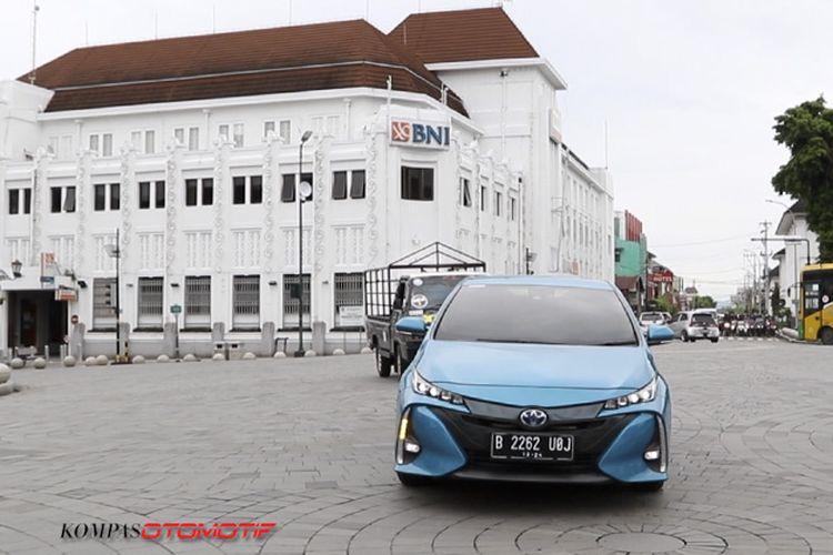 Toyota Prius PHEV Kompas.com Otomotif Challenge (KOC)