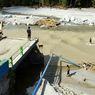 Waskita Karya Salurkan Bantuan untuk Korban Banjir di Luwu Utara